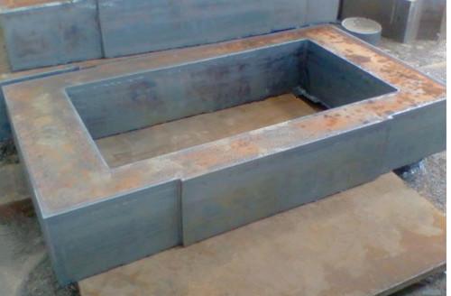 佳龙 特厚方形钢板切割