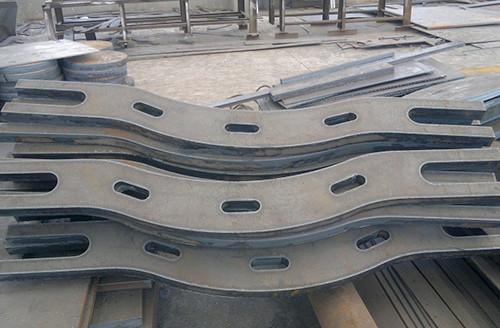 佳龙 异形件钢板数控切割
