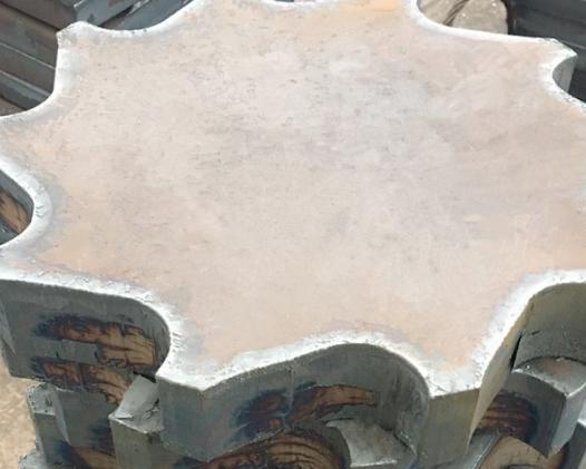 佳龙 异形齿轮钢板切割